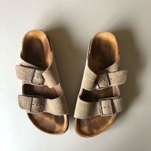 Birkenstock Arizona Sandals in Taupe Suede
